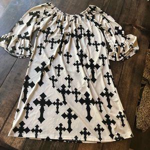 Boutique Cross Dress small